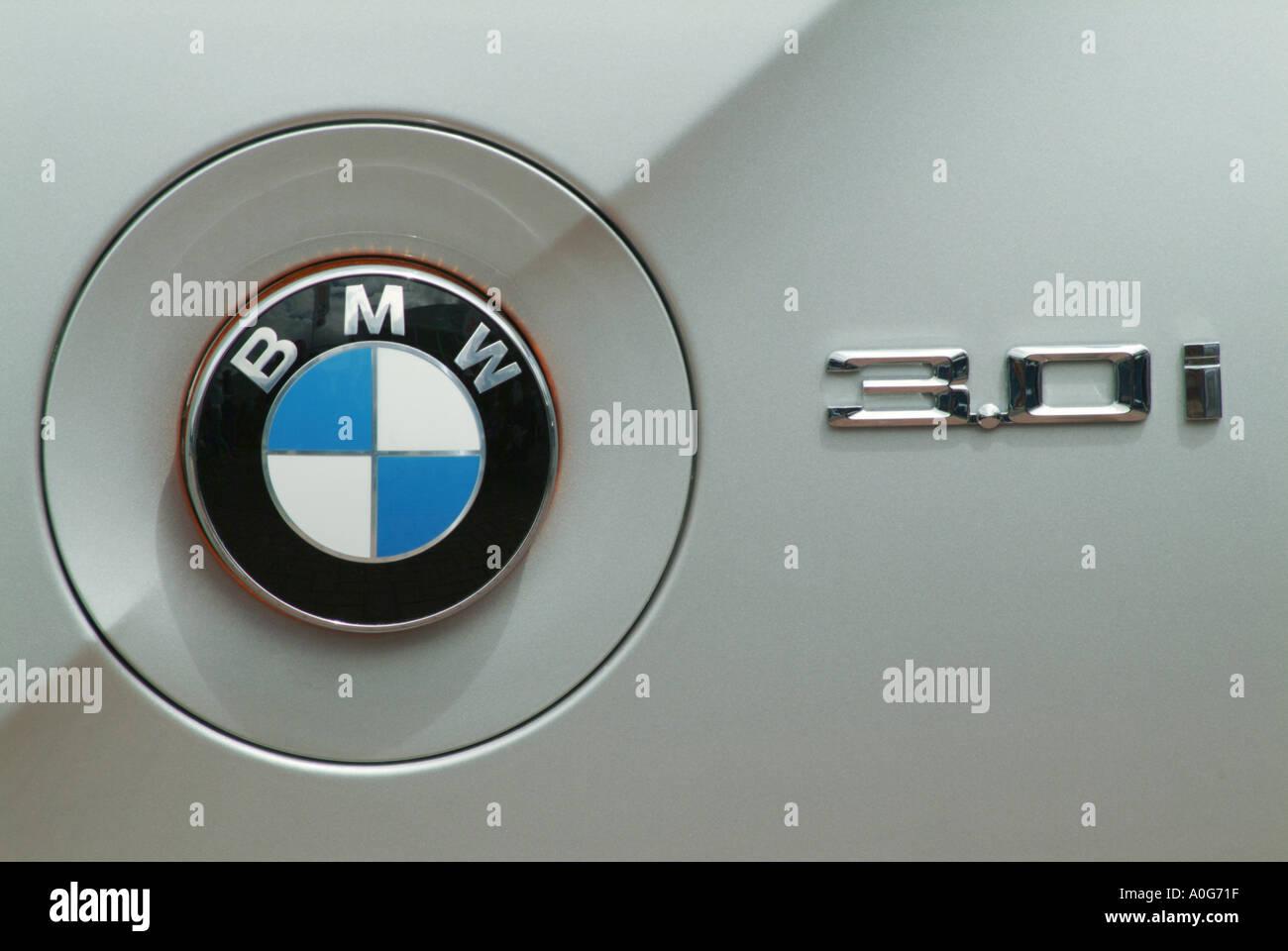 Bmw Badge Logo Stock Photos Bmw Badge Logo Stock Images Alamy