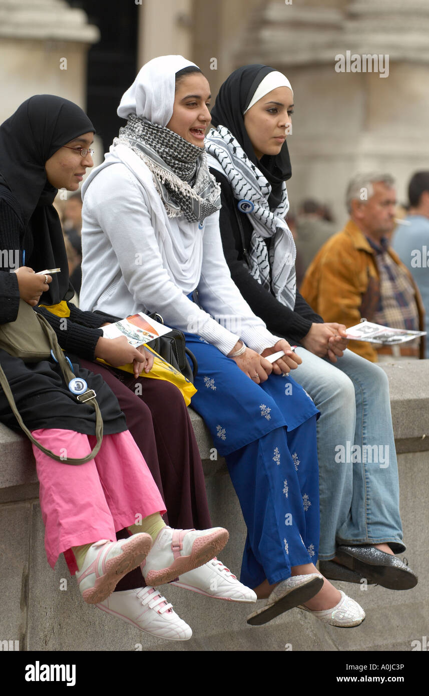 Of hijab pics girls wearing Hijab Outfits