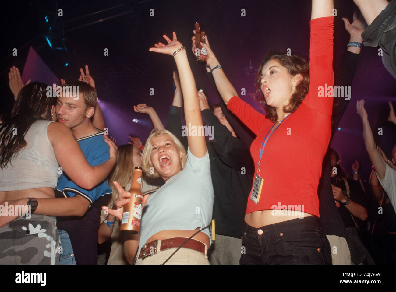 Clubbers having a good time Lynx Voodoo eclipse, august 1999 - Stock Image