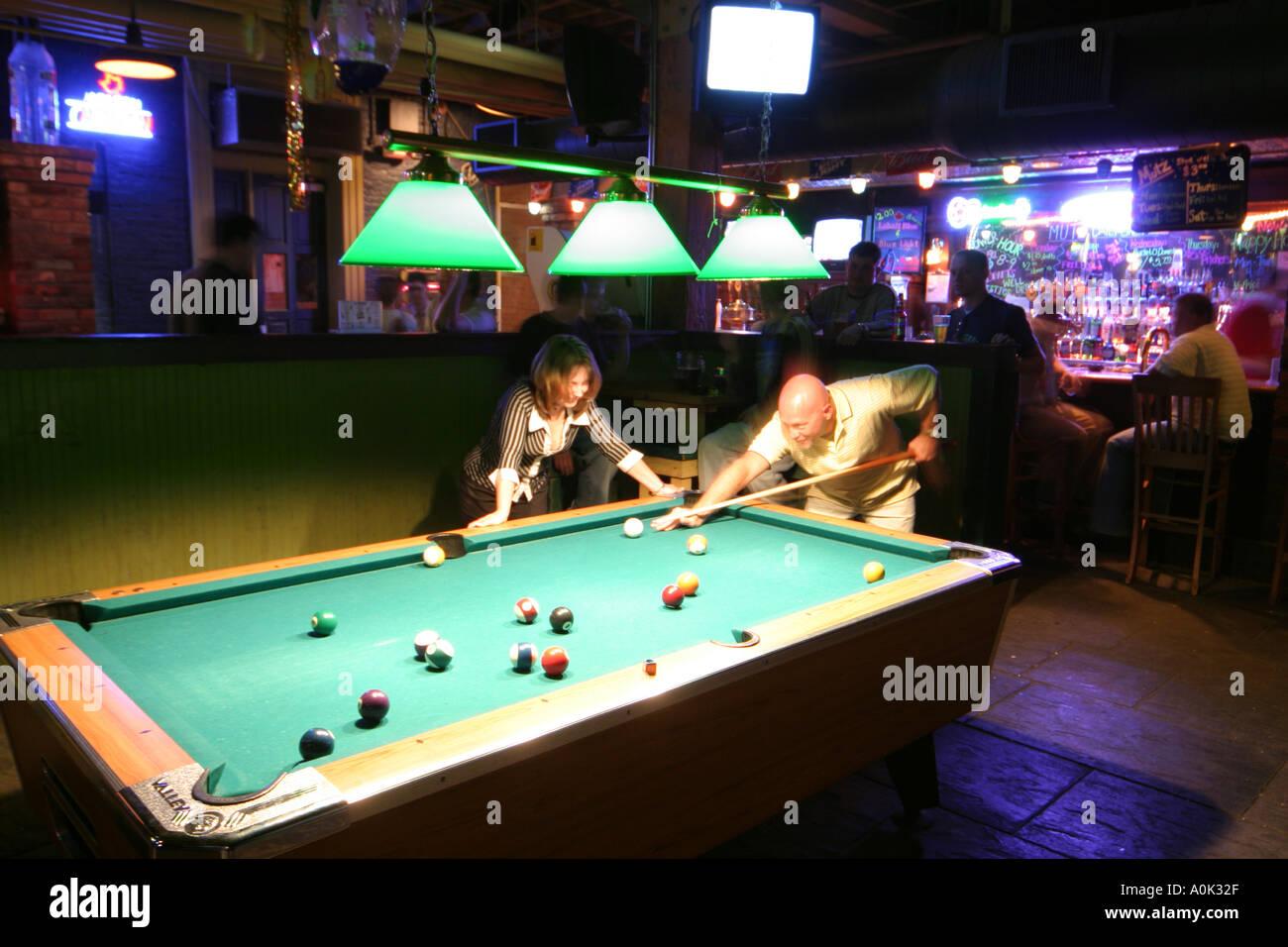 Toledo Ohio Oliver House Bar Nightlife Billiards Pool Table Stock - Pool table and bar near me