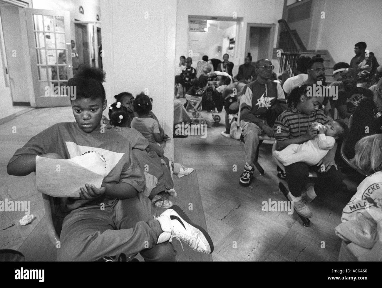 homeless shelter black and white stock photos images alamy rh alamy com