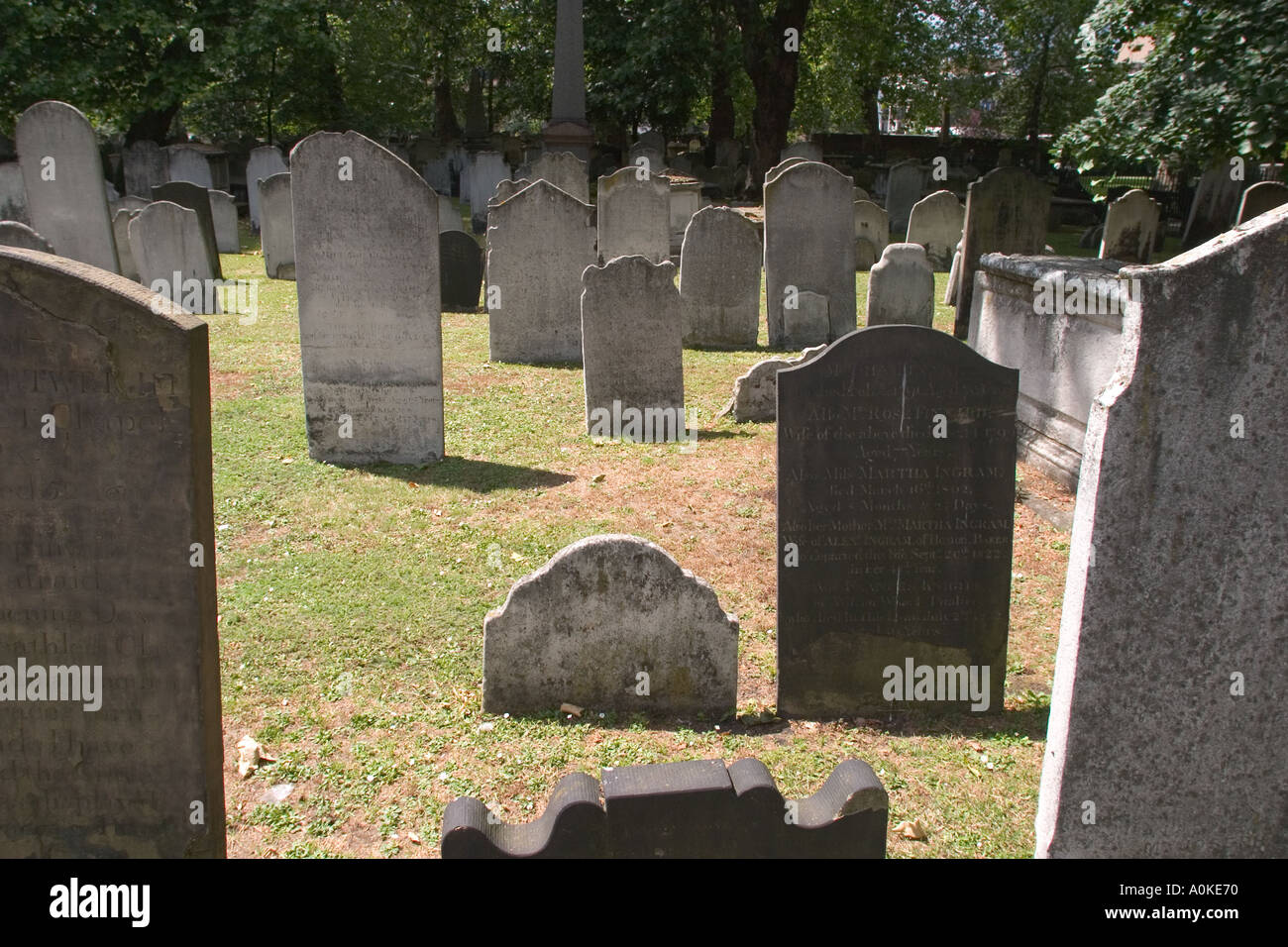 Bunhill Fields Burial Grounds in City of London GB UK - Stock Image