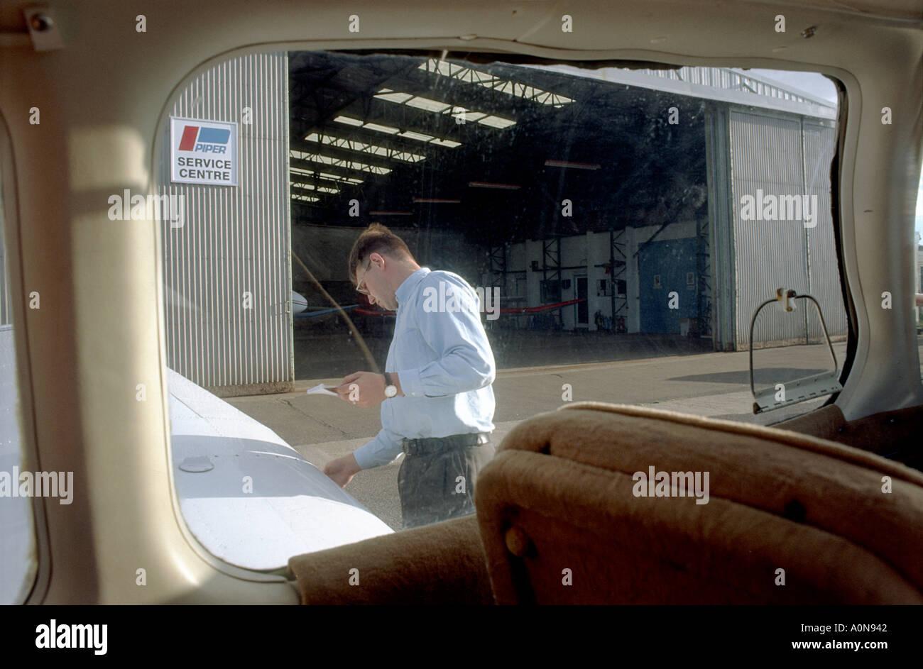Preflight check Cessna UK gb - Stock Image