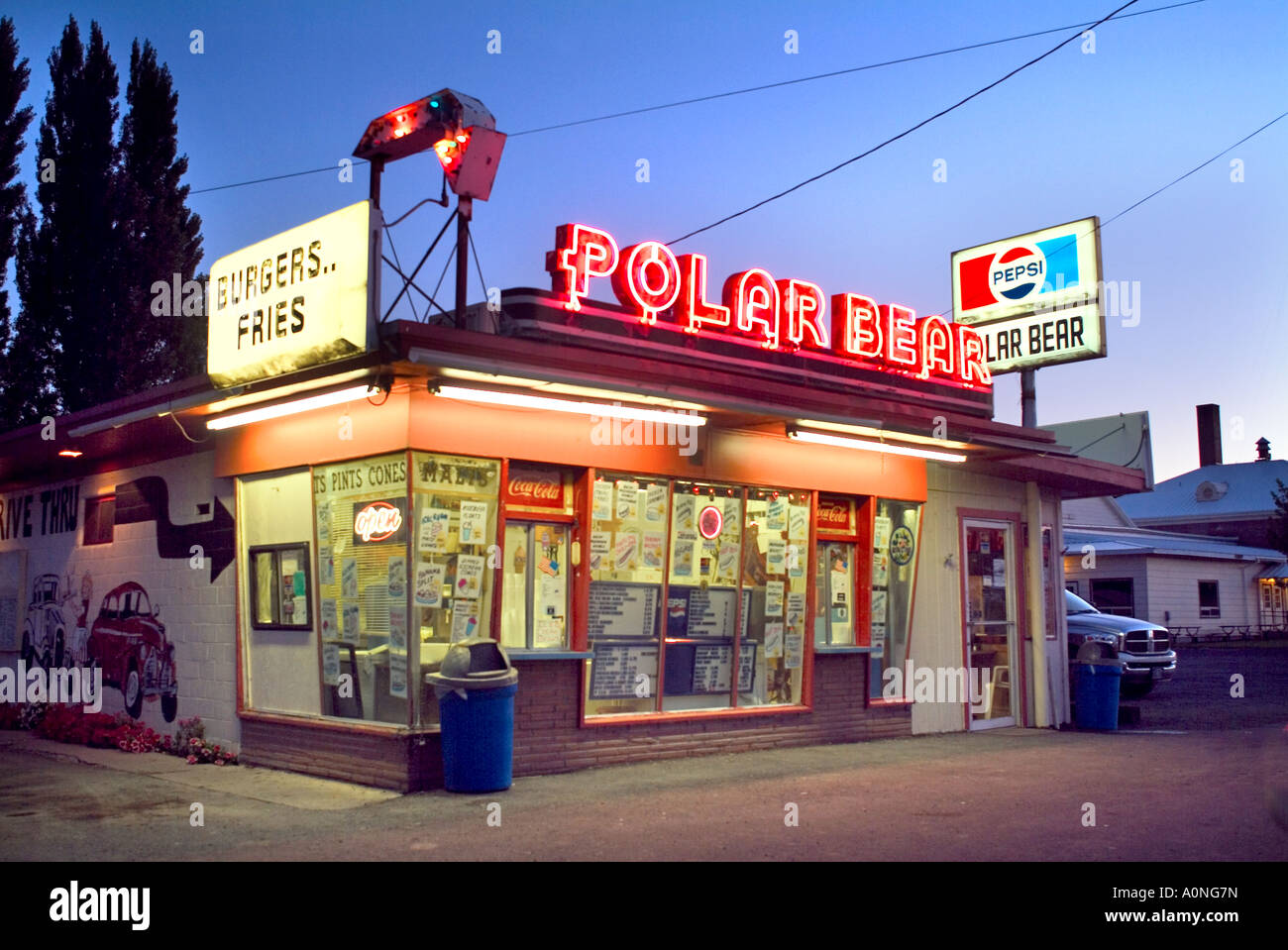 1950s Fast Food Restaurant High Resolution Stock Photography And Images Alamy