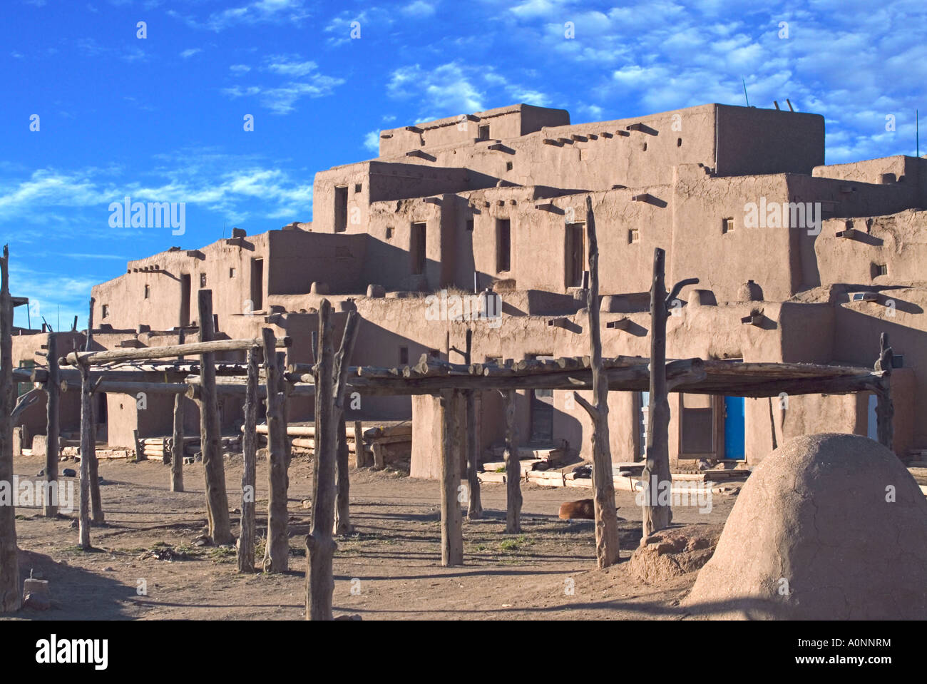 Native American Indian Homes On Pueblo Indian Reservation Stock