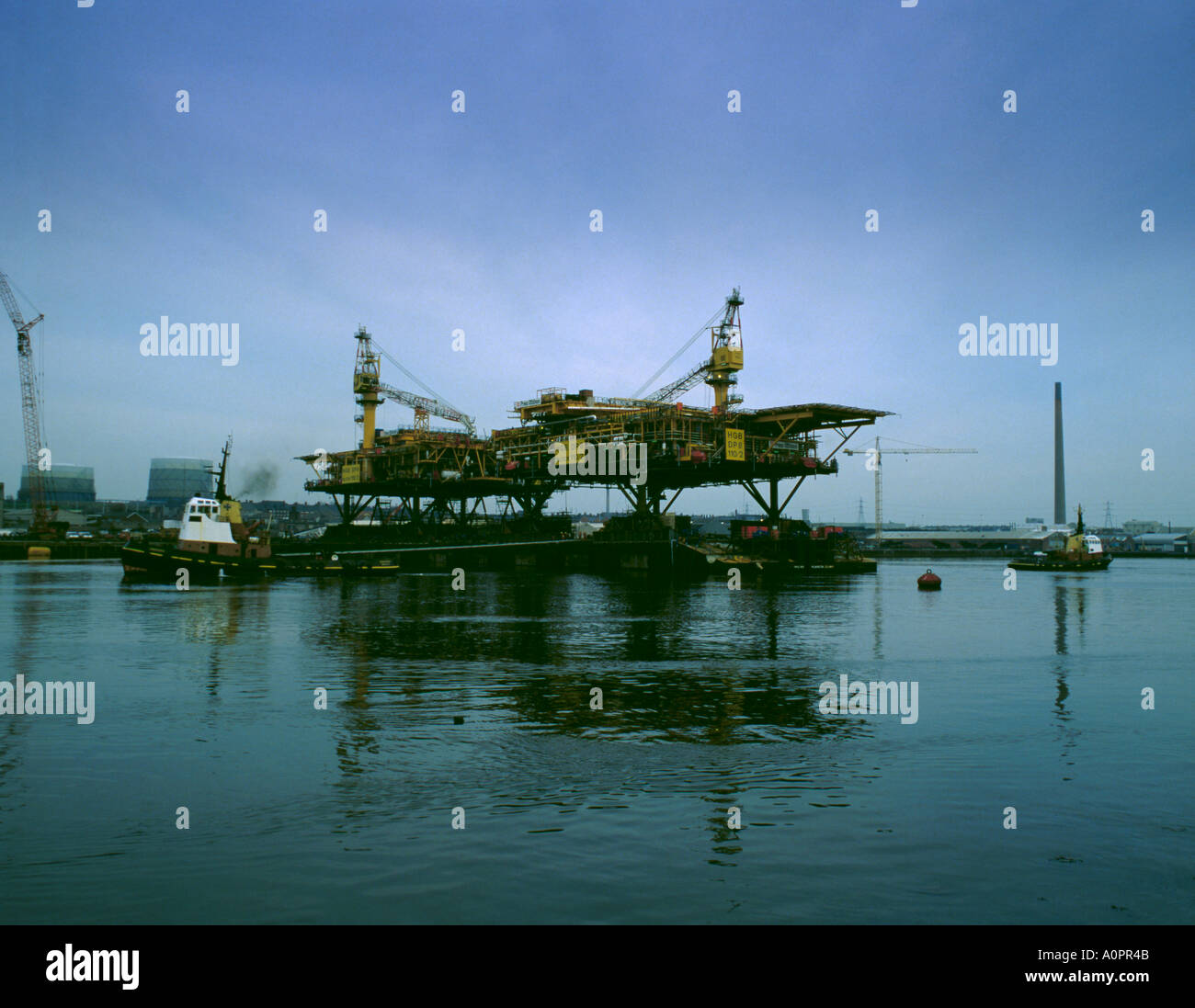 Gas platform loadout, Wallsend, River Tyne, Tyneside, Tyne & Wear, England, UK. Stock Photo