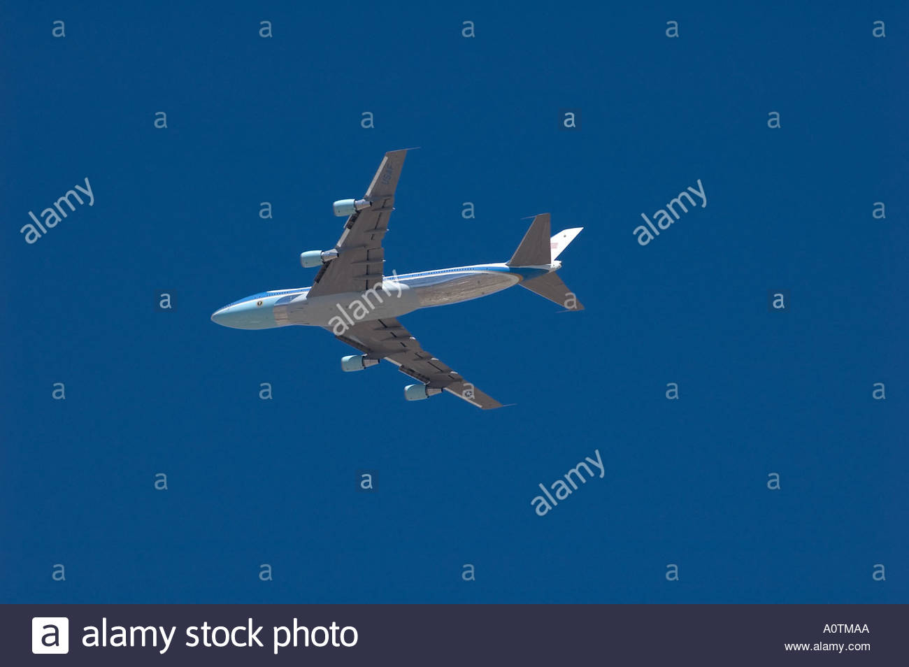 United States President George Bush Air Force One 747 Flies over Tucson Arizona - Stock Image