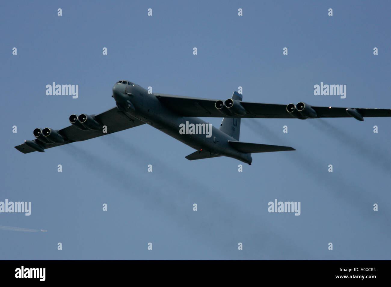 USAF B 52H flies by at RIAT 2005 RAF Fairford Gloucestershire England UK Stock Photo