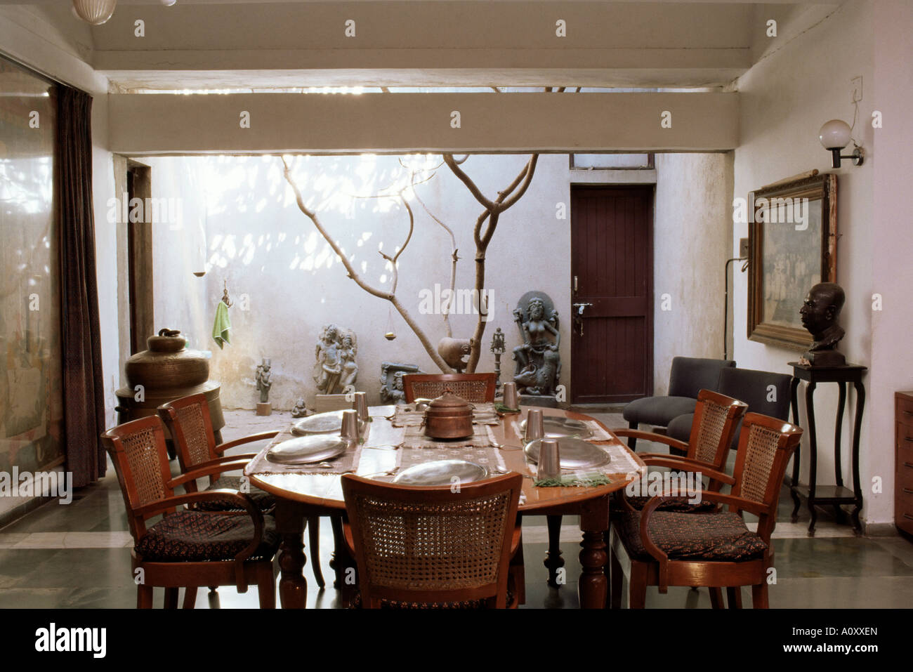 Interior of 1970s concrete structured home the first of its type in India by architect Bernard Cohen Ahmedabad Gujarat - Stock Image