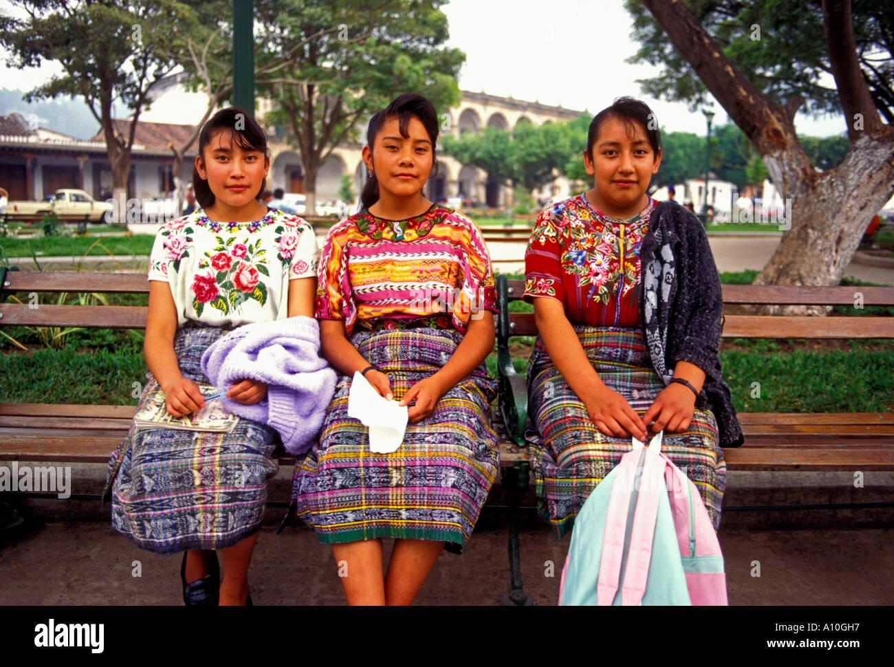 meet latina