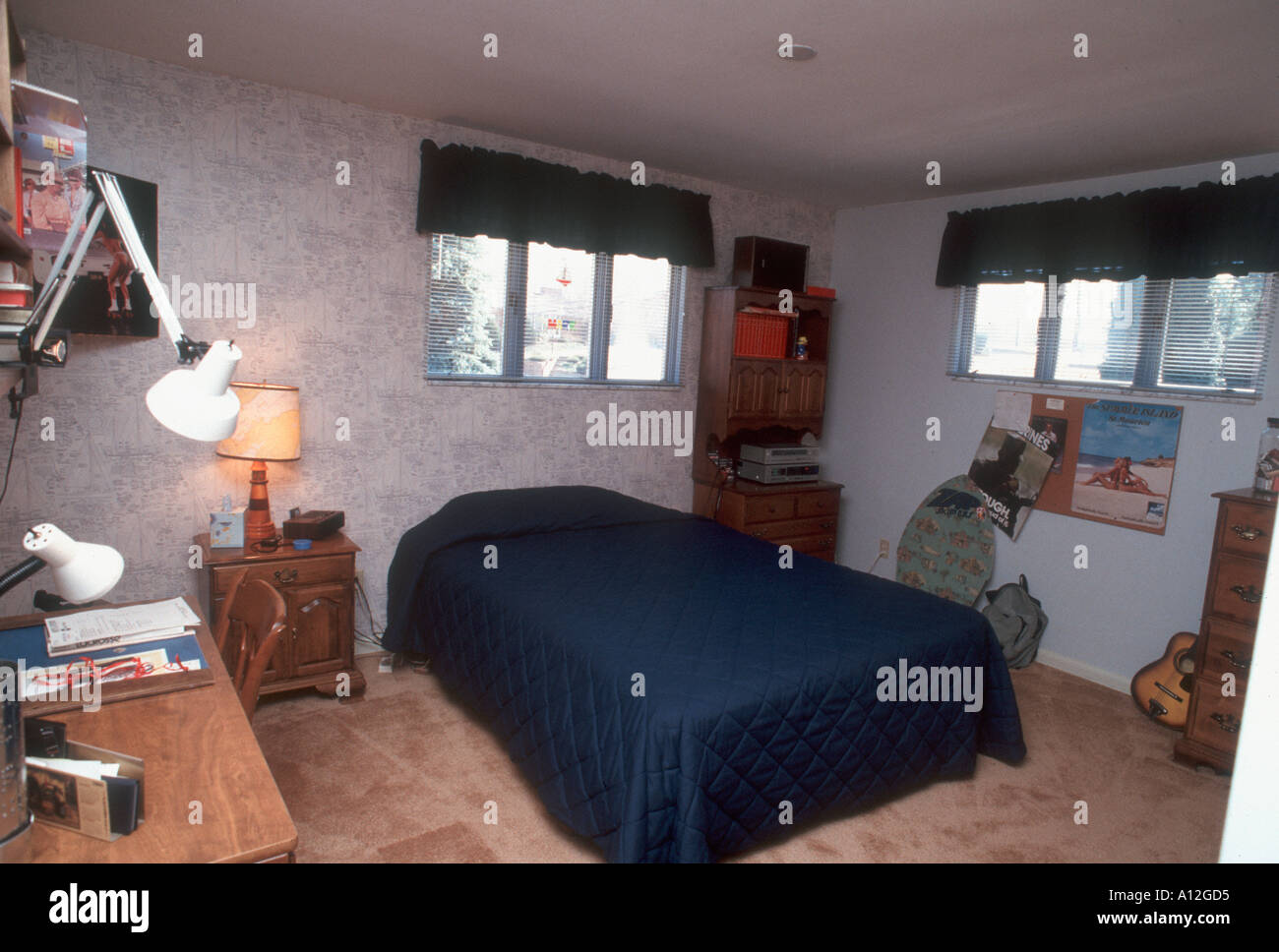 Pittsburgh Pa Usa American Single Family House Interior Male Stock Photo Alamy