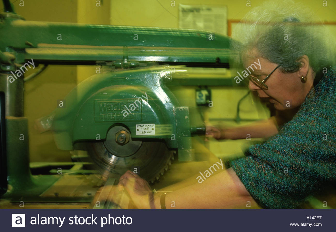 Woodwork class for over 50s Southwark Adult Education - Stock Image