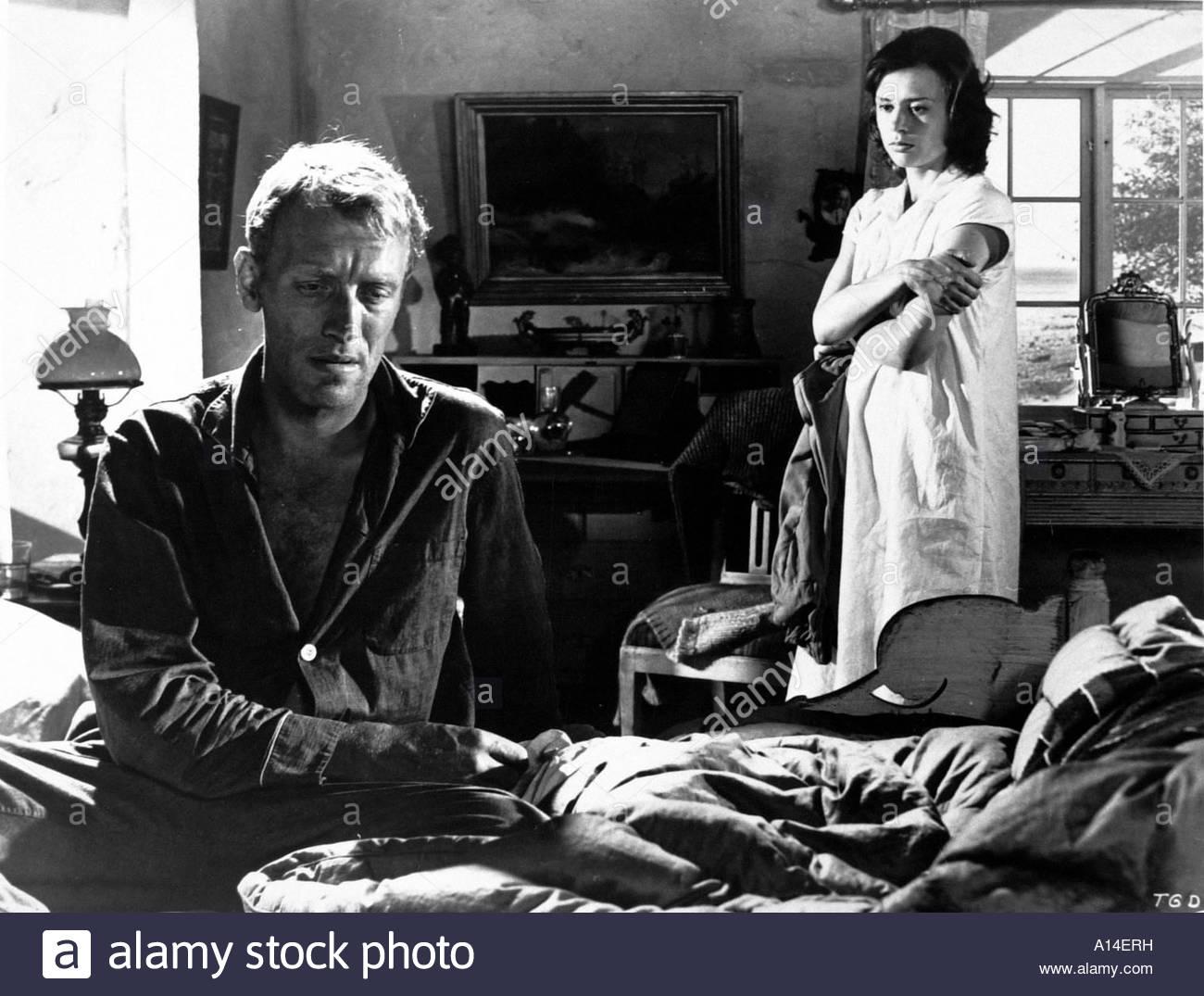 Sasom I En Spegel Year 1961 Director Ingmar Bergman Harriet Andersson Max von Sydow Stock Photo