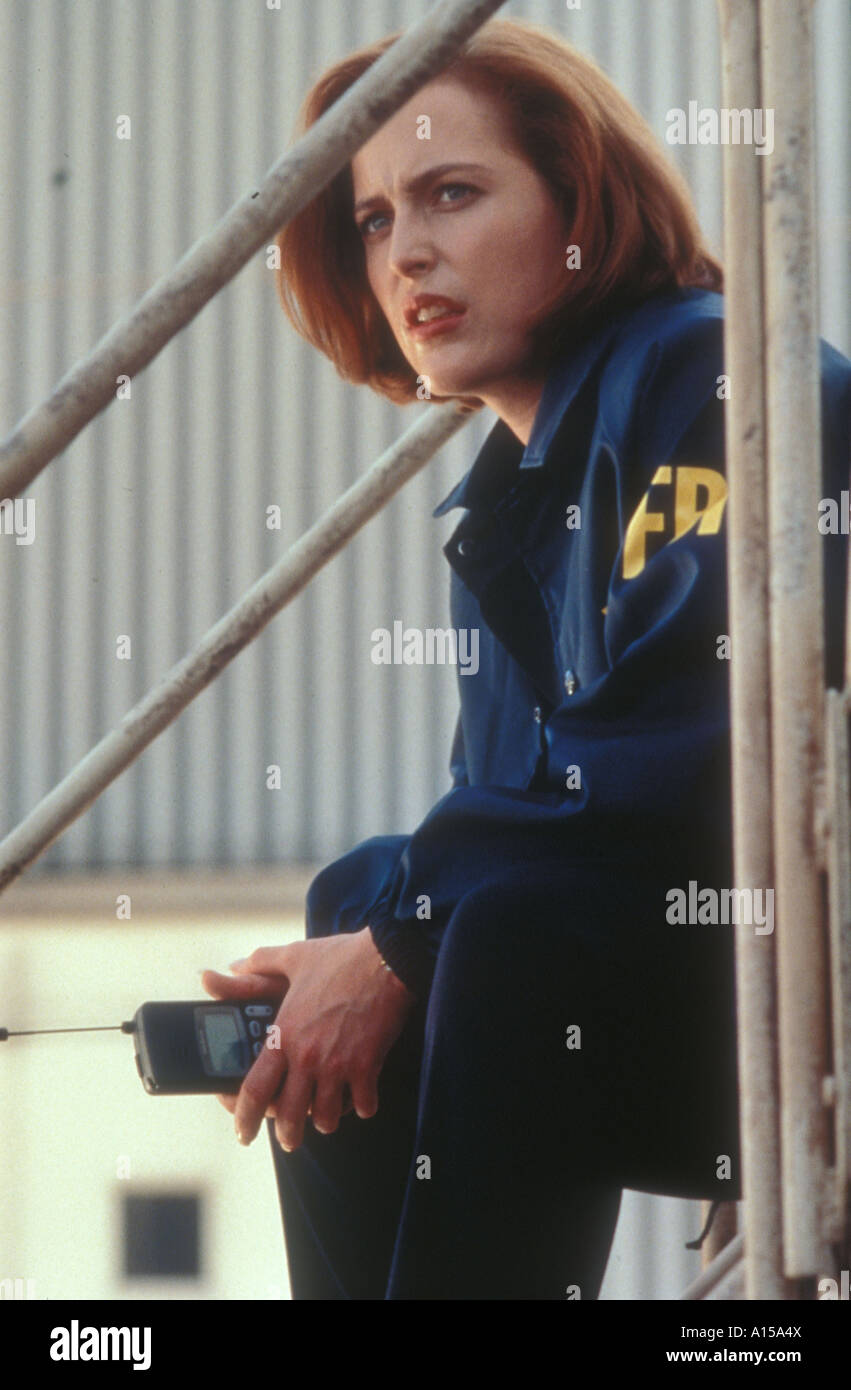 The X Files The Movie Year 1998 Director Rob Bowman Gillian Anderson - Stock Image