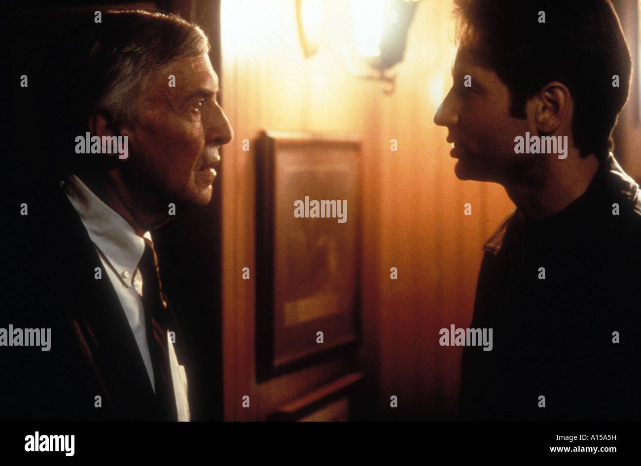 The X Files The Movie Year 1998 Director Rob Bowman David Duchovny Martin Landau - Stock Image