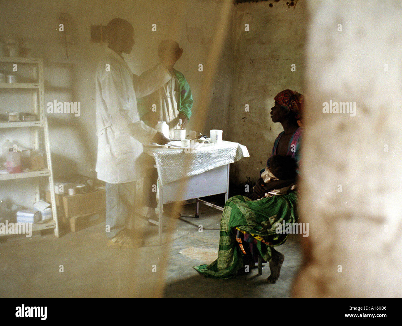 A make-shift hospital in the interior of Angola serves as the only medicine for a society whose brutal 26 year-civil has - Stock Image