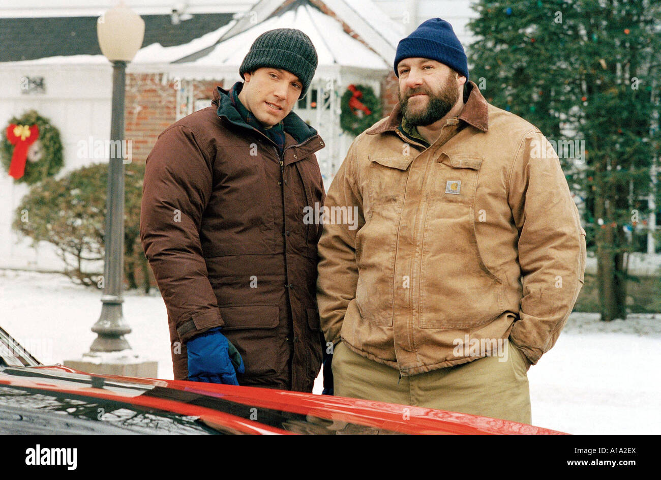 Surviving Christmas.Surviving Christmas Year 2004 Director Mike Mitchell James