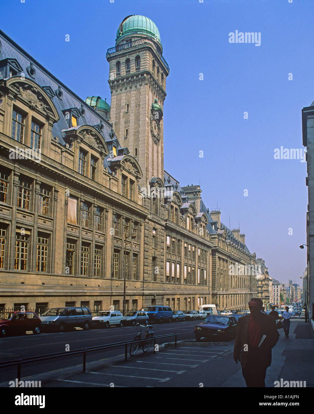 The Sorbonne University Rue Saint Jacques in central Paris - Stock Image