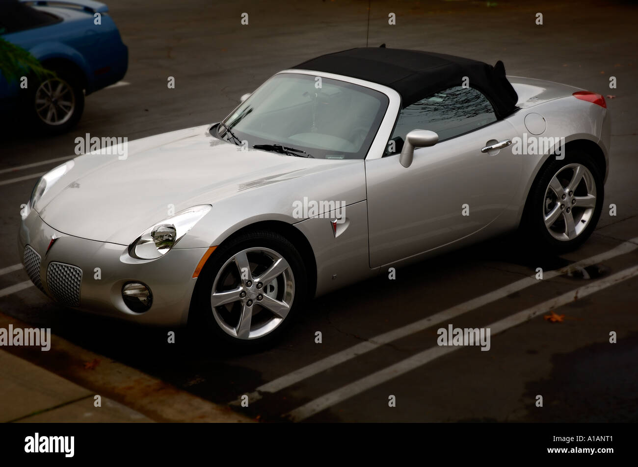 Brand New 2006 Pontiac Solstice The Solstice Is The Only American Stock Photo Alamy
