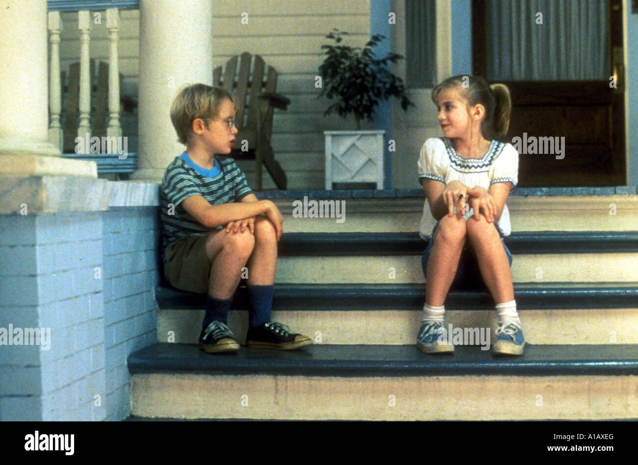 analysis of the film my girl directed by howard zieff My girl is a 1991 american comedy-drama film directed by howard zieff, written by laurice elehwany, starring dan aykroyd, jamie lee curtis, macaulay culkin, and anna chlumsky in her feature debut.