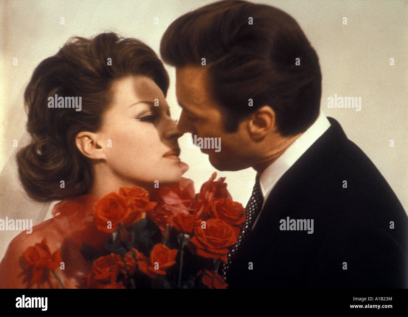 Le Streghe Year 1966 Director Vittorio De Sica Silvana Mangano Clint Eastwood Film of sketches A night like any - Stock Image