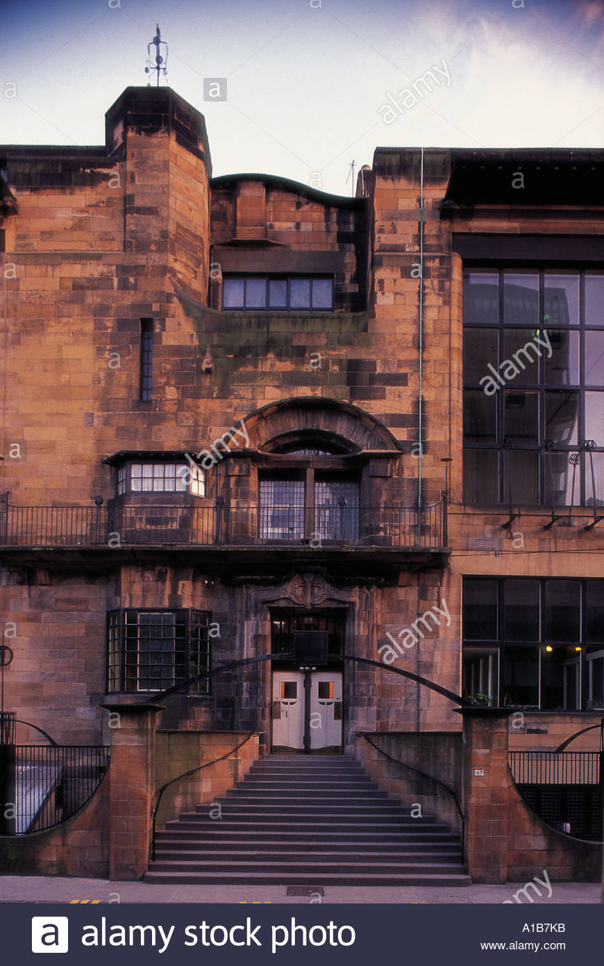 THE MAIN ENTRANCE TO THE GLASGOW SCHOOL OF ART RENFIELD STREET IN THE CITY CENTRE OF GLASGOW - Stock Image