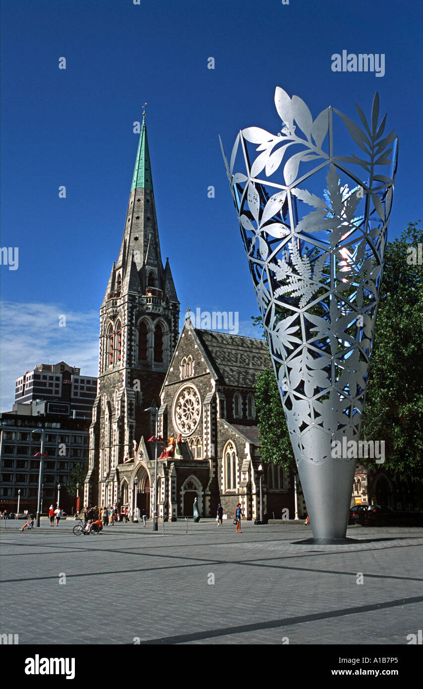 Christchurch Cathedral with modern sculpture in the foreground Cathedral Square Christchurch New Zealand - Stock Image