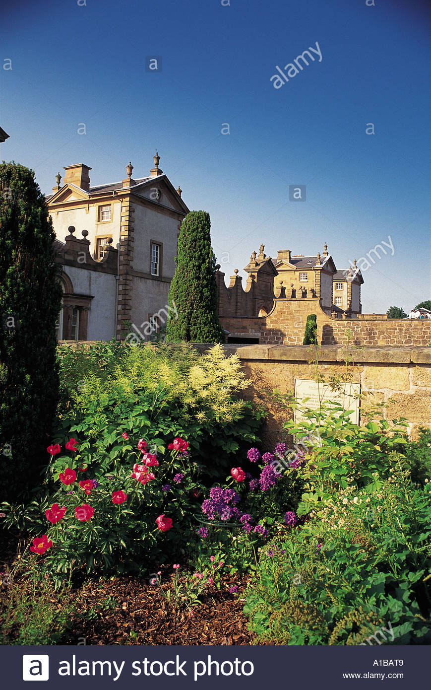 LOOKING ACROSS THE WALLED GARDEN OF CHATELHERAULT IN SOUTH LANARKSHIRE - Stock Image