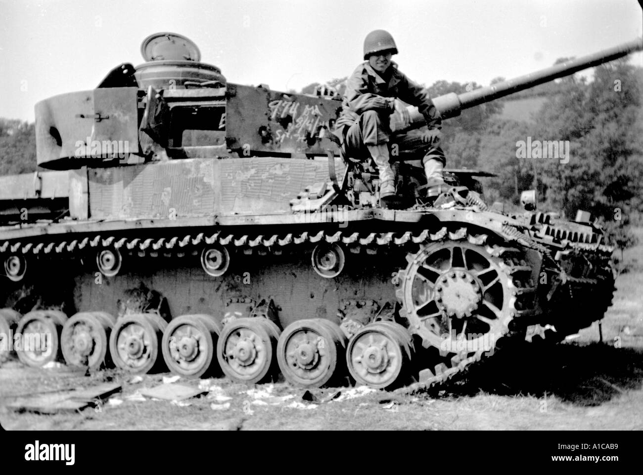 WW II German Mark IV tank with G I Captain Normandy campaign - Stock Image