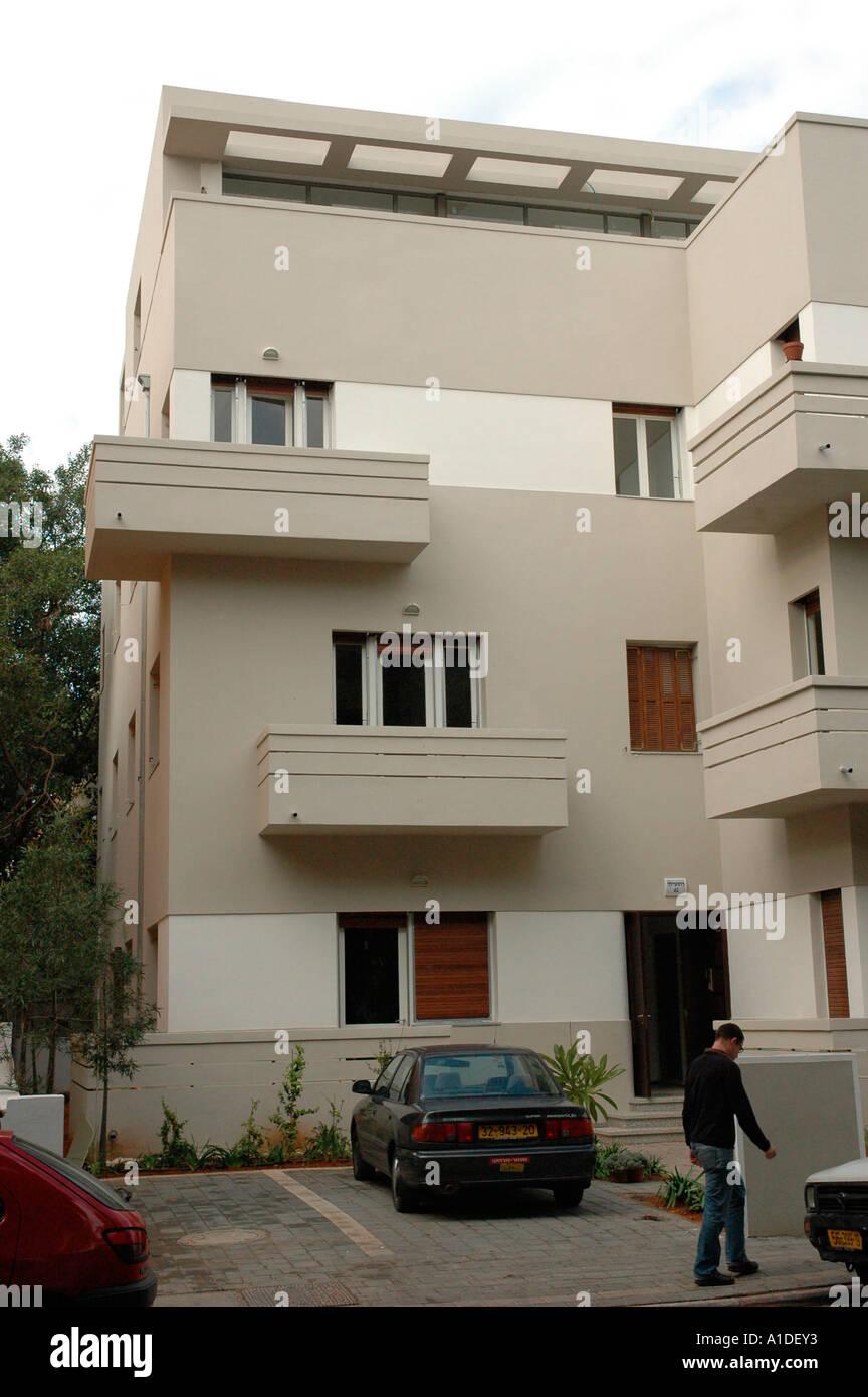 Old Bauhaus style building in Rothschild Boulevard Tel Aviv Israel Stock Photo