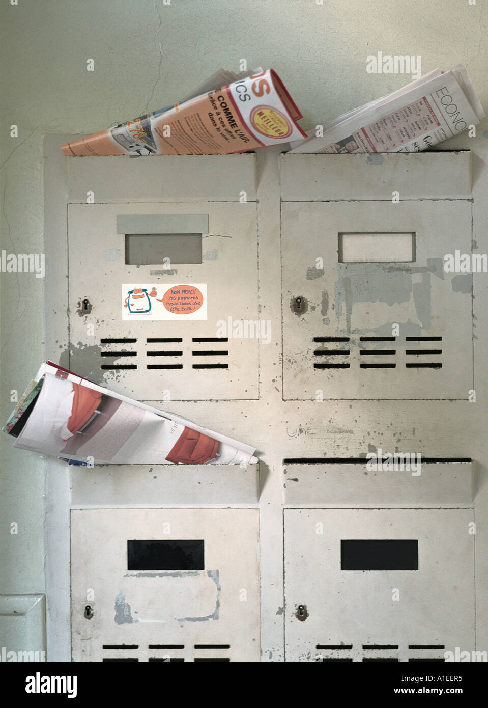 Apartment Building Mailboxes Stock Photos & Apartment Building ...