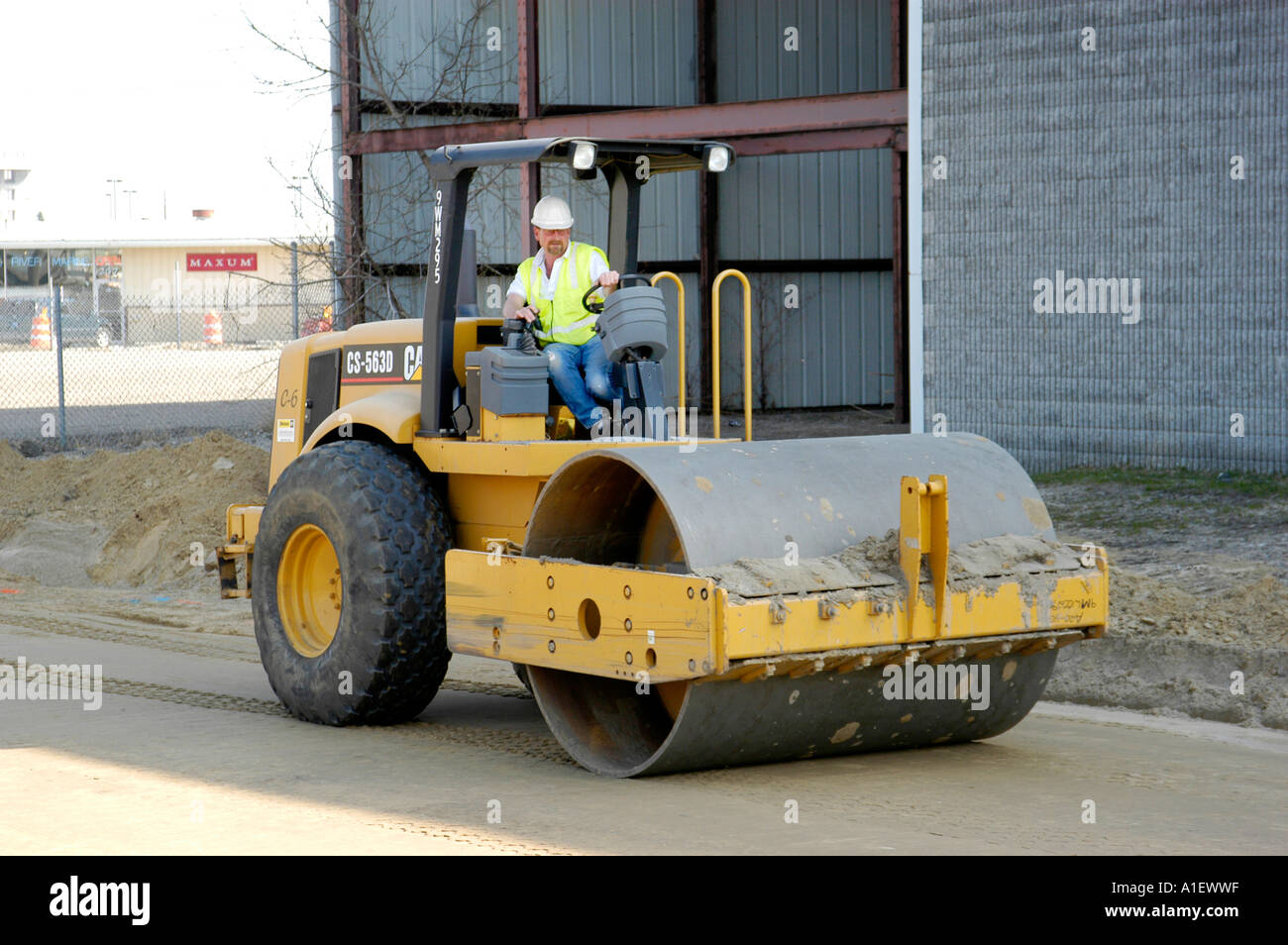heavy equipment and manual labor us used in road repair and new rh alamy com heavy equipment manual download heavy equipment manuals for grove rt58