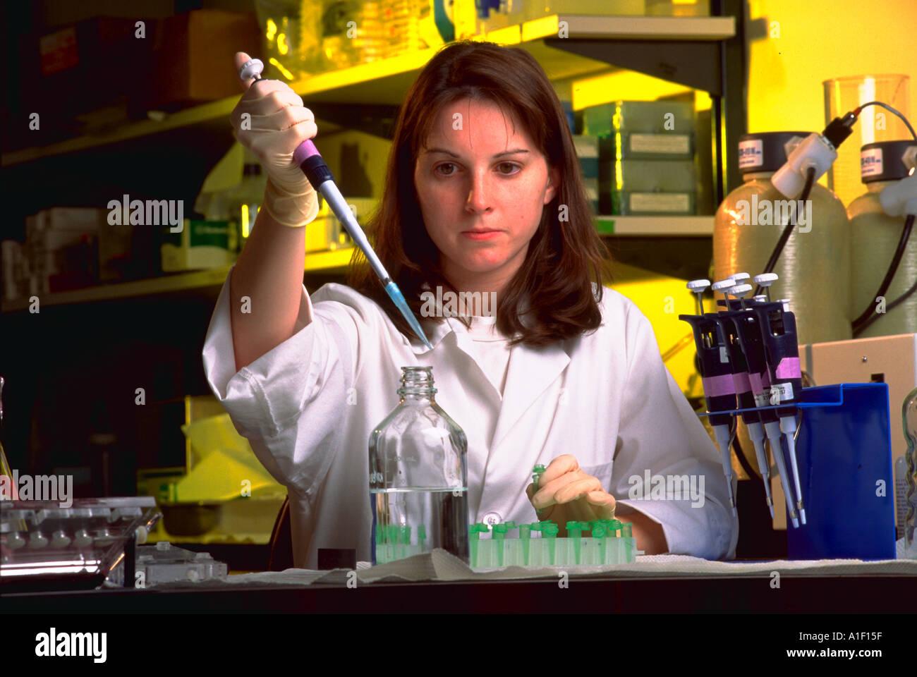Biotechnology Jobs Stock Photos & Biotechnology Jobs Stock