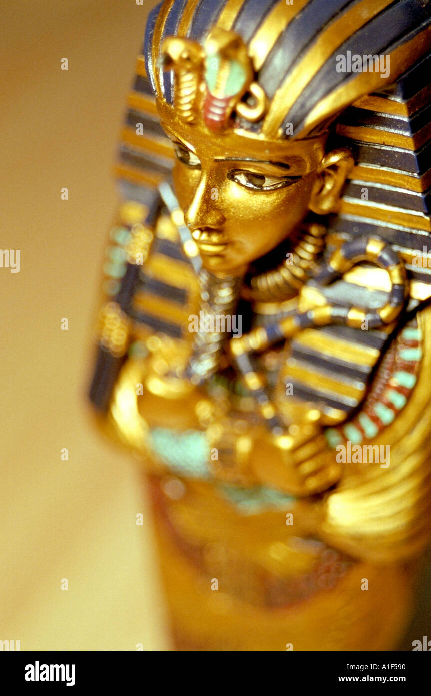 Replica of King Tut s coffin SIMILAR IMAGE A1F591 Stock Photo