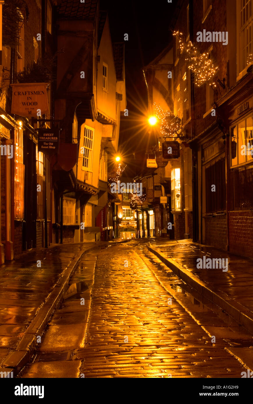 'All is calm, all is bright' in the Shambles at Christmas - Stock Image