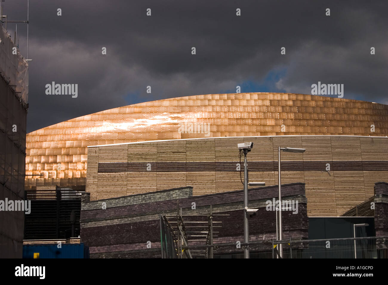 Sunlight reflecting off the stainless steel dome of the Wales Millenium Centre, Cardiff Bay, SE Wales UK. - Stock Image