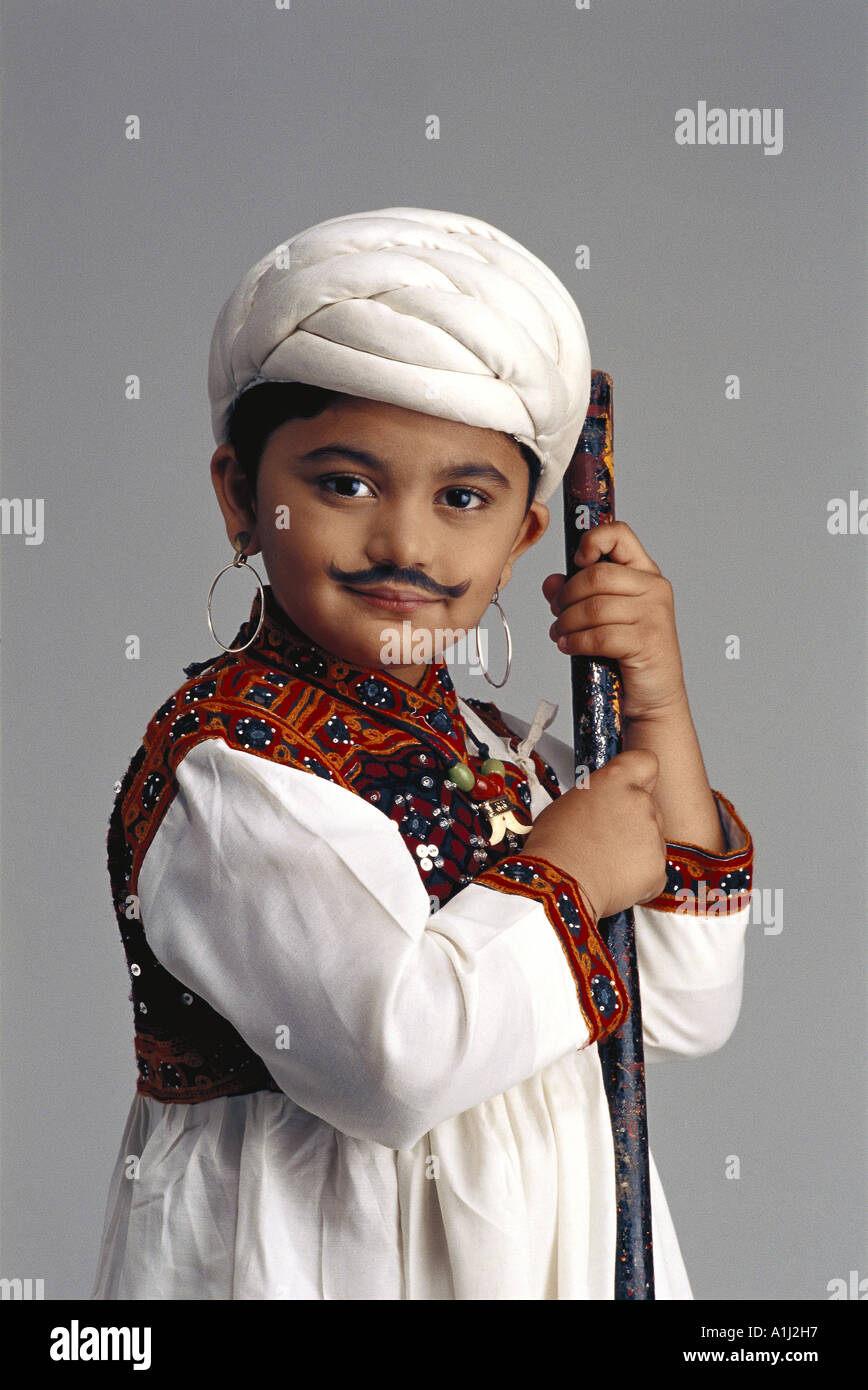 VDA76045 Young Gujarati boy dressed as an adult farmer India - Stock Image  sc 1 st  Alamy & Gujarati Farmer Stock Photos u0026 Gujarati Farmer Stock Images - Alamy