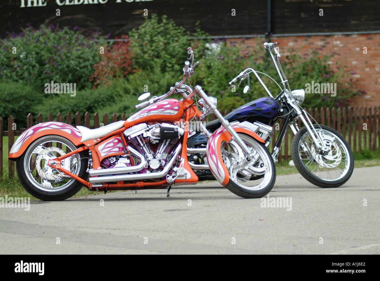 harley davidson custom motor cycle bike v twin american america customised modified chopper - Stock Image