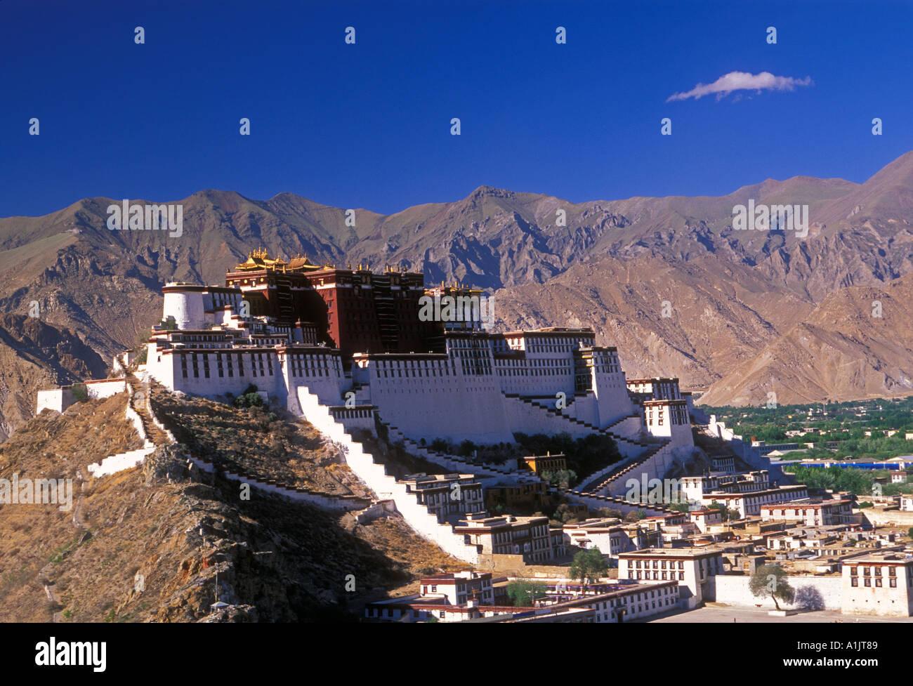 The Potala Palace, Potala Palace, city of Lhasa, Lhasa, Tibet, China, Asia - Stock Image