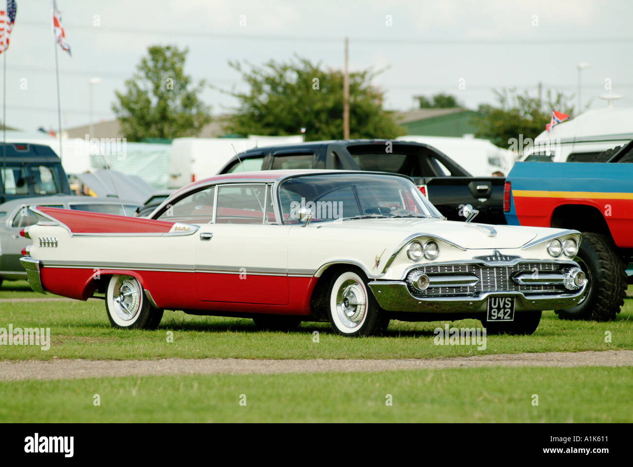 Dodge Car Stock Photos Images Alamy 1950s Cars 1950 S Fin Chrome Gas Guzzler Petrol Excessive V8 Engine Image