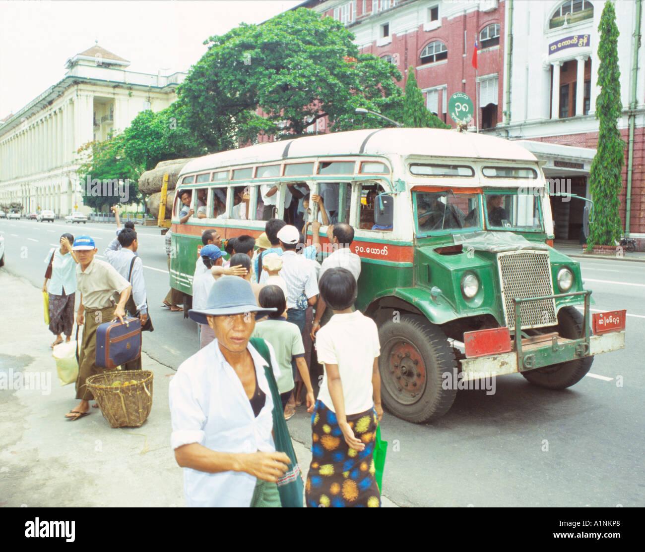 T J Kong Ride The Bomb: Myanmar Burma People Bus Stop Stock Photos & Myanmar Burma