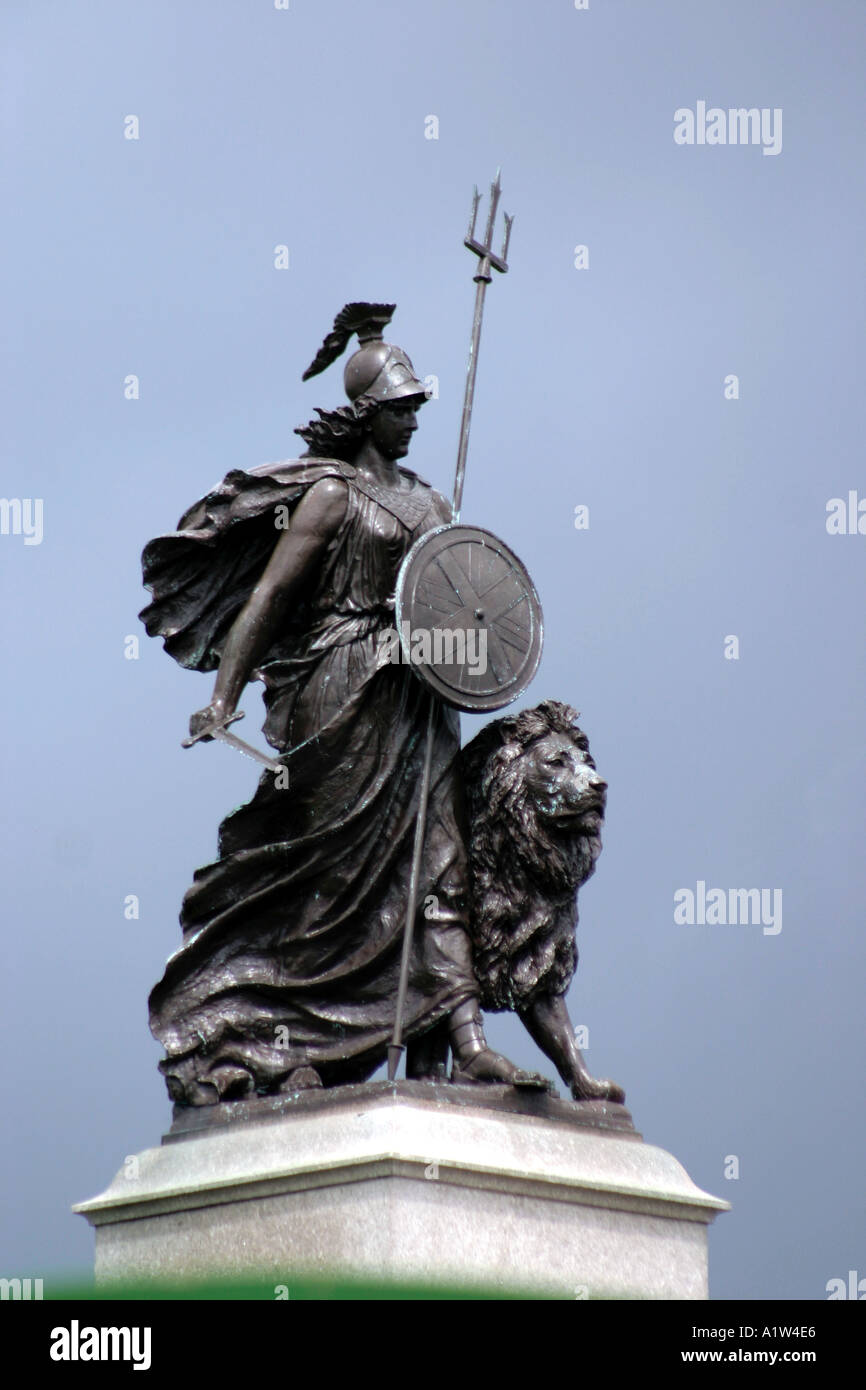 Britannia Statue with Lion at Plymouth Hoe, Devon - Stock Image