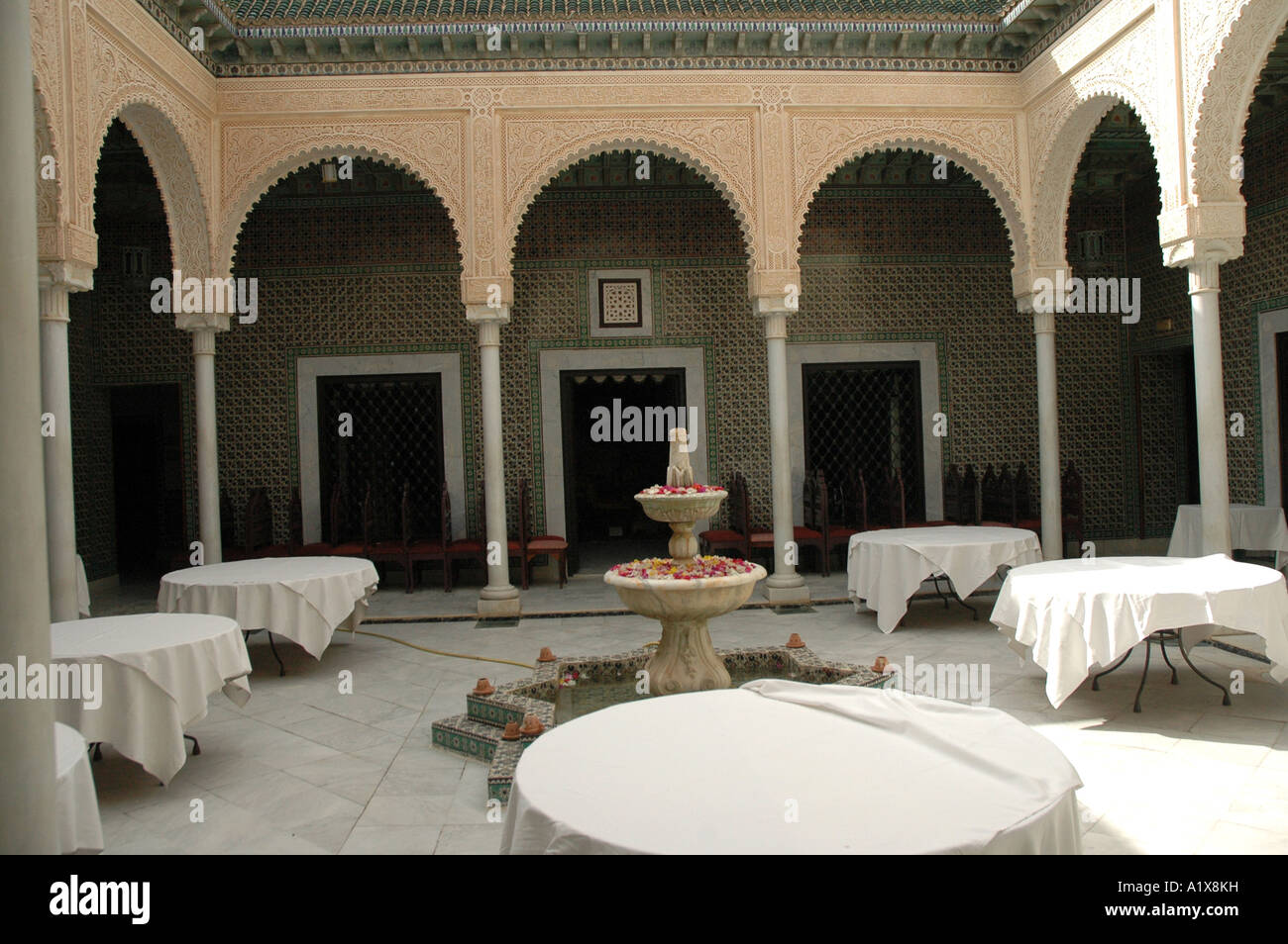 Beau The Patio, Center Of The Traditional Tunisian Rich House, Dar Cherait  Museum In Tozeur