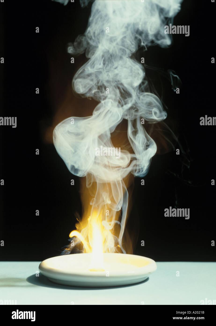 phosphorus burning in air - Stock Image
