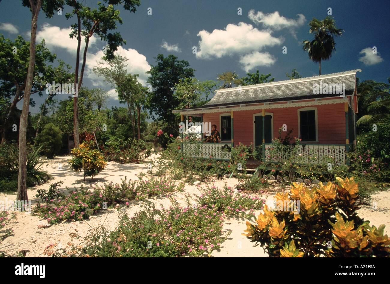 North End Rankin House and Sand Garden Queen Elizabeth II Botanical Gardens Grand Cayman Caymen Islands Caribbean J Greenberg - Stock Image