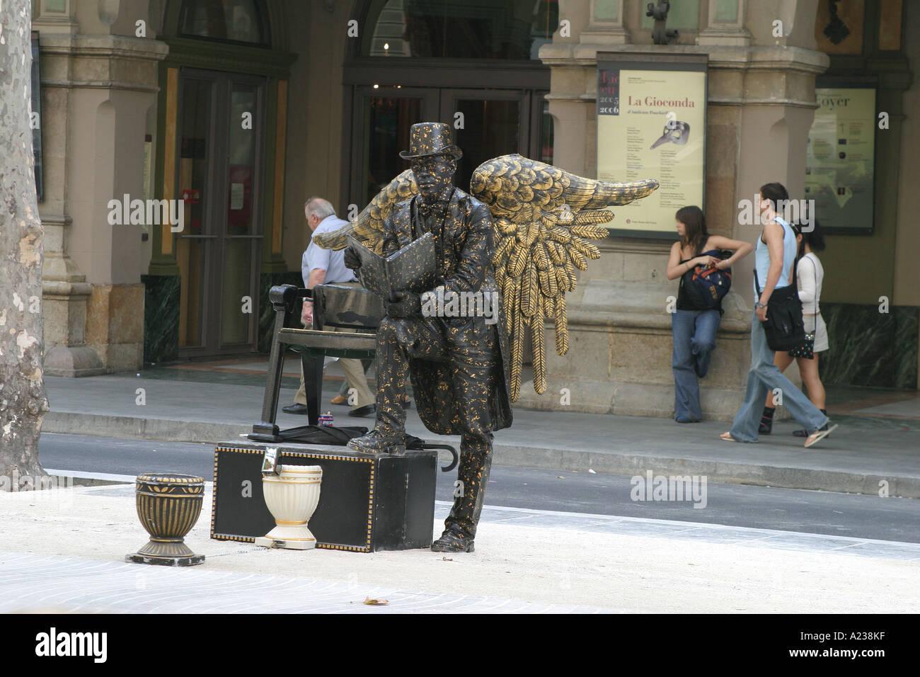 Street artiste in Barcelona - Stock Image