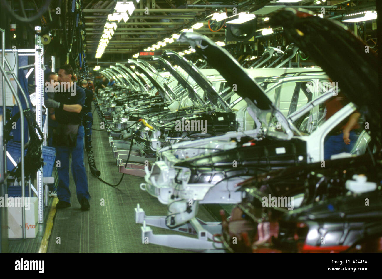 Last day of Ford Escort production Halewood factory July 2000 - Stock Image