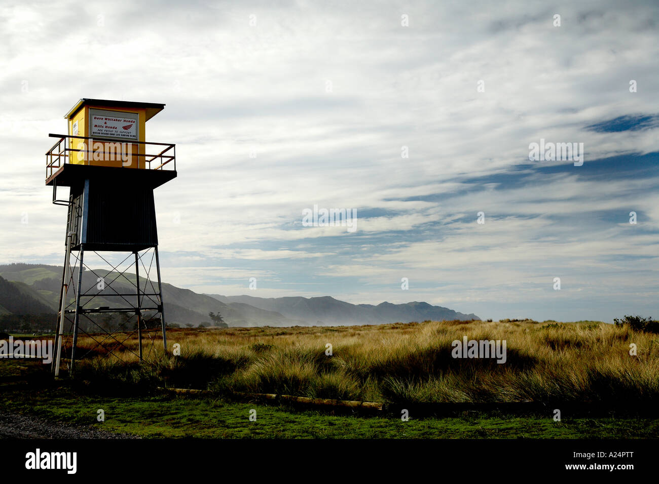 remote life gaurd station shut up for winter at ocean beach hawkes bay Stock Photo