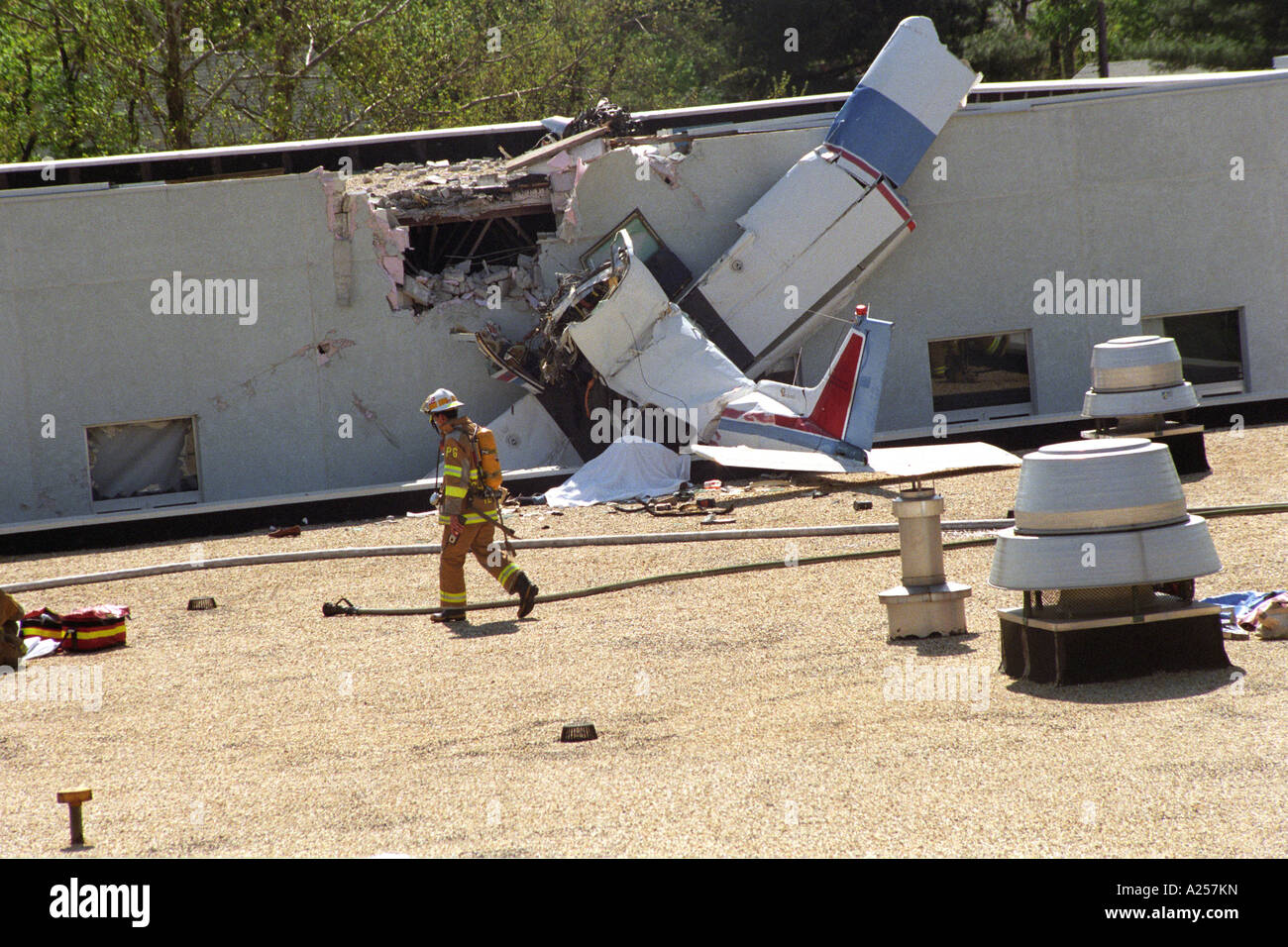 A plane crashed on the roof of University of Maryland Fire Rescue Institute  in College Park, Maryland killing all - Stock Image