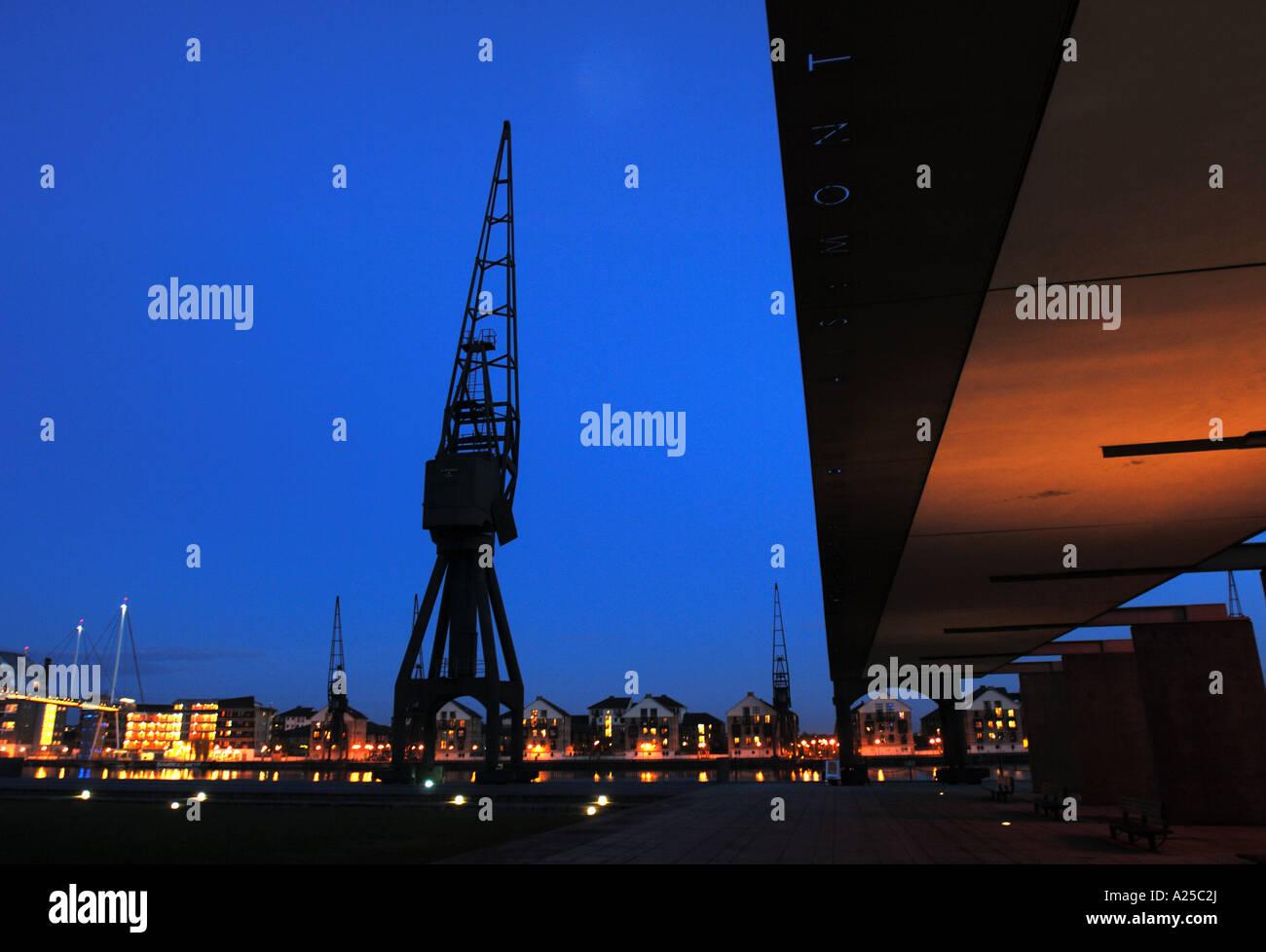 Crane Silhouette Night London Canary Wharf Blue Orange Tungsten River  Thames Light Black Wharf Winch Architecture